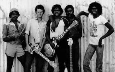 yothu-yindi-aborigin-rock-group-australia