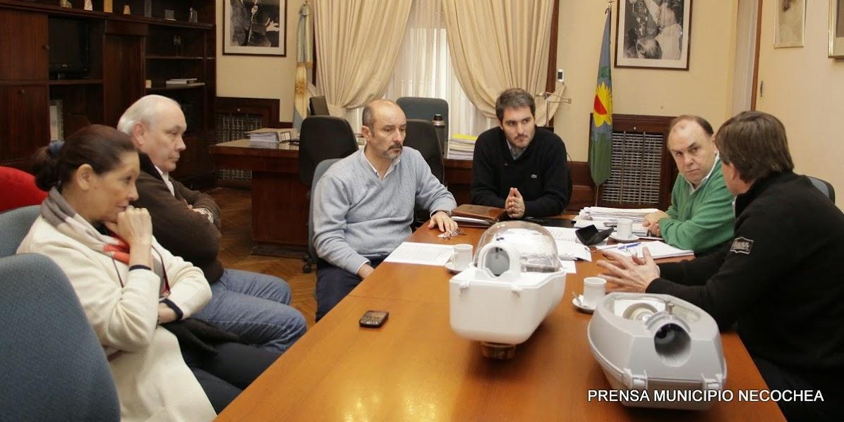 luminarias en el núcleo urbano Necochea-Quequén, Ramón Santamarina y Juan N. Fernández, en el marco del programa PRONUREE Programa Nacional de Uso y Eficiente de la Energía