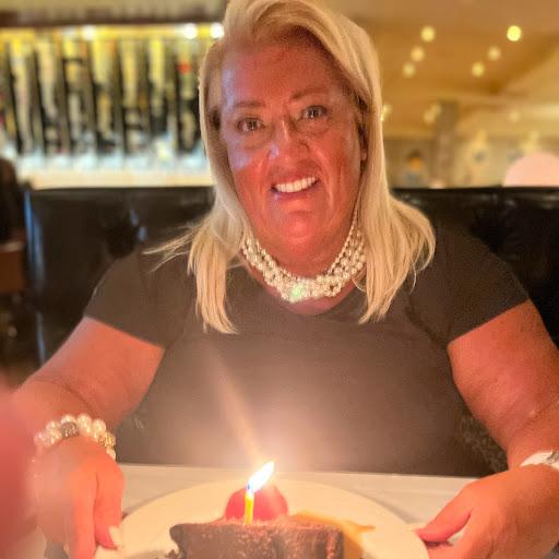Kathy Ellefson