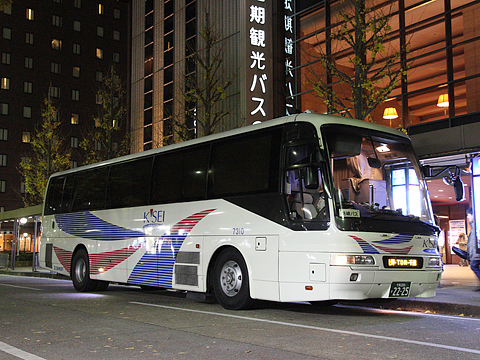 千葉中央バス 千葉京都線 2235