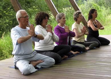 Yoga y la tercera edad