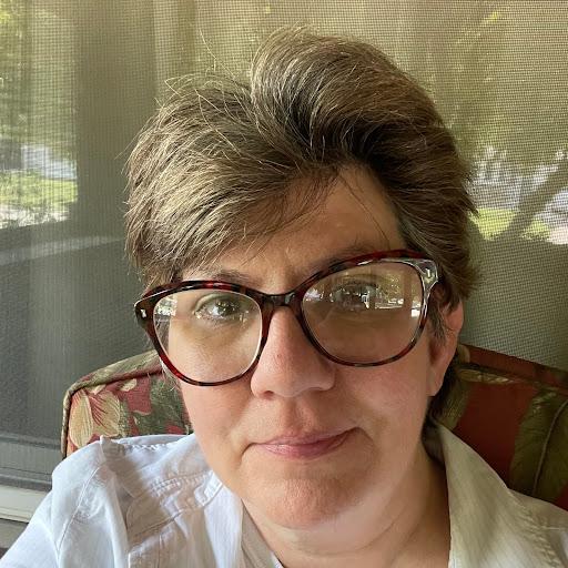 Lisa Essary
