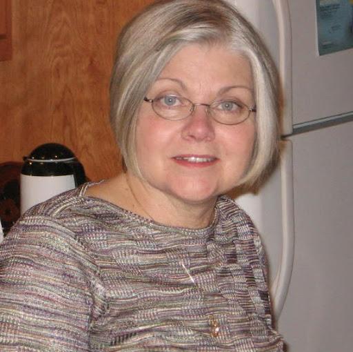 Jill Hardy Photo 17