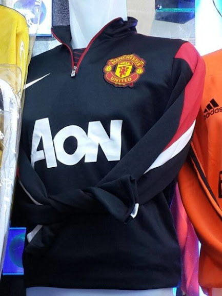 Jual Sweater Training Manchester United Hitam 2014