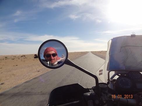 Marrocos e Mauritãnia a Queimar Pneu e Gasolina - Página 7 DSC06076
