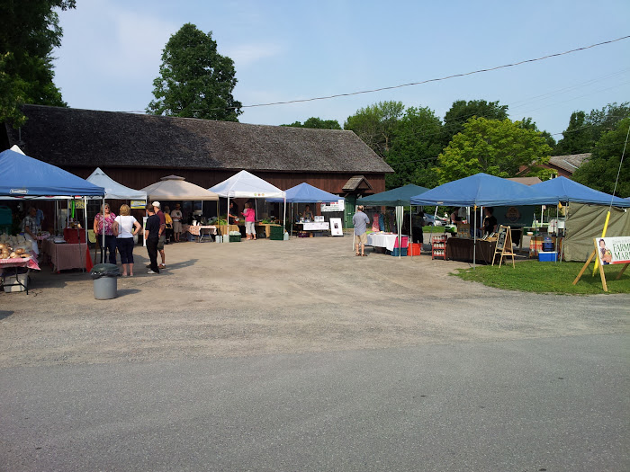 8:30 am at the Manotick Farmers Market