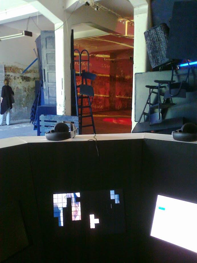 Eine oktogonale Audio Video Installation auf der Kunstausstellung Ostrale Dresden