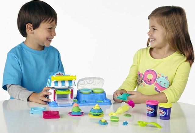 Chơi với Bột nặn Tráng miệng ngọt ngào Play-Doh Double Desserts sạch sẽ