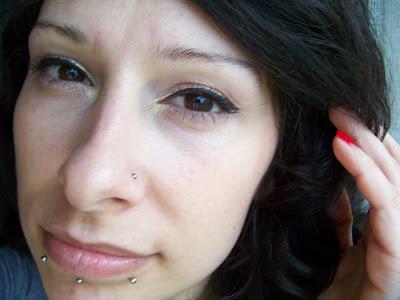 kolczyk w języku madonna piercing dermal snake bite piercing dolna warga broga nos kolczyki piercing