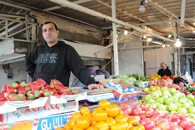 vendor ramle souk, ramle market, Israel