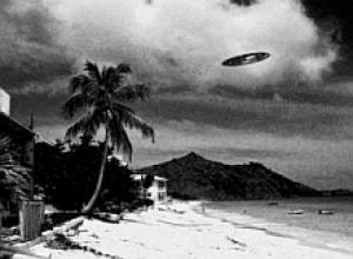 Orange Ufos Hover Above Witness And Another Shoots Into The Ocean At Melbourne Beach Florida