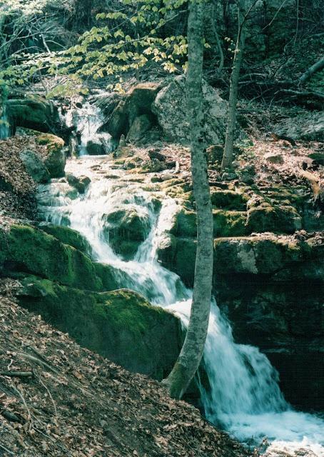 Ущелье Хапхал - маленький водопад