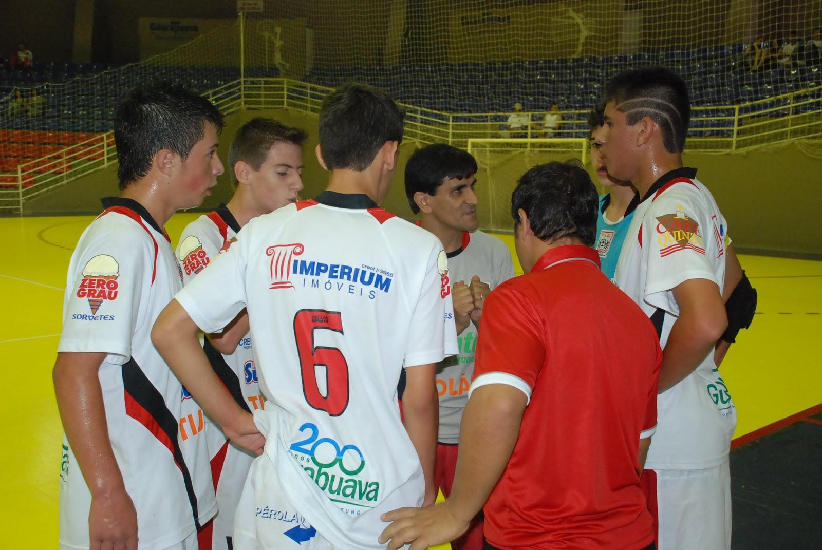 67060c394a O final de semana marcou o início da Taça Paraná de Futsal sub-15 masculino.  As equipes do Clube Atlético Deportivo e da AGFF Faculdade Guairacá da  cidade ...