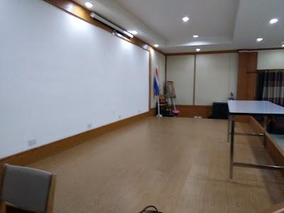 Ba Nakha Yung (Non Charoen Sueksa) School