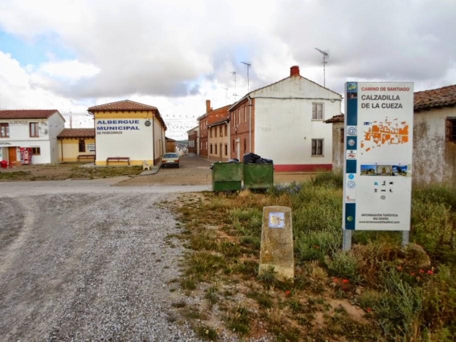 Calzadilla de la Cueza, Palencia :: Albergues del Camino de Santiago