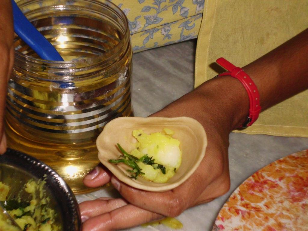 Anna und Claudia in Pondicherry: Essen, essen, essen- das indische ...
