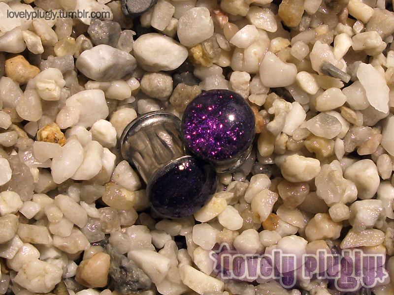 8mm / 0g Purple Glitter Plugs