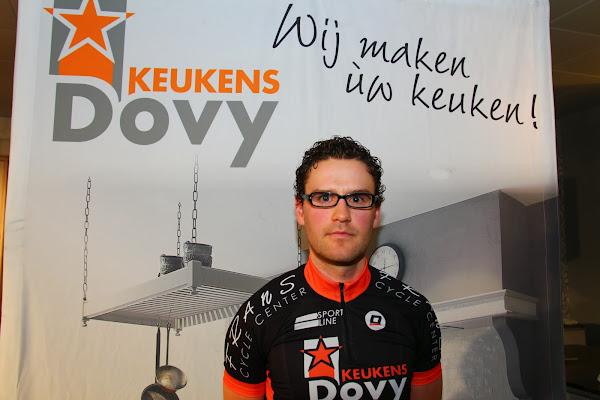 Dovy Keukens Vind Fcc : Ploegvoorstelling wielerploeg Dovy Keukens vind! FCC