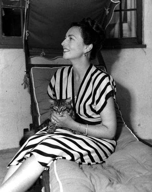 Agnes Moorehead and a cat