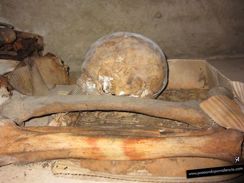 Foto de la Cripta de la iglesia en el Instituto Luis Vives