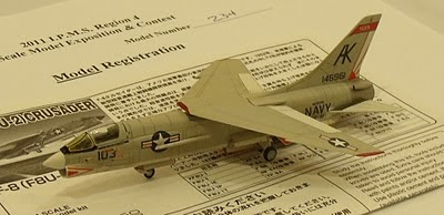 1/144 scale F-8 Crusader model