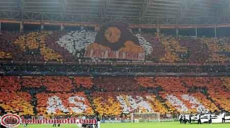 banner fans suporter sepak bola tim asal turki