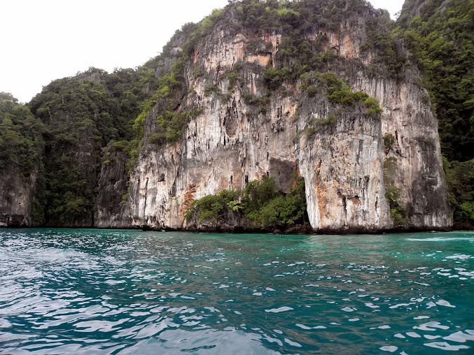 https://lh5.googleusercontent.com/-OdSEiSYuo8U/Upzl4VKd0LI/AAAAAAAADbo/zyHJ77Kfdi8/w677-h508-no/Tajlandia+2013+134.JPG