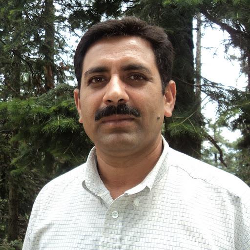 Basit Dar