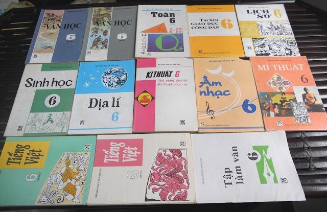 Sách giáo khoa tiểu học cũ - nơi lưu giữ từng trang ký ức DSCN2732