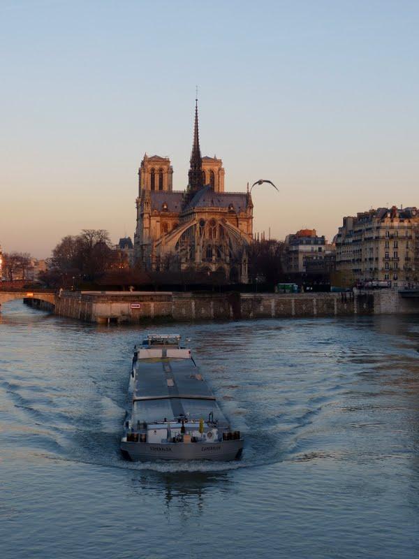 LES PHOTOS: lever de soleil sur la Seine P1080713