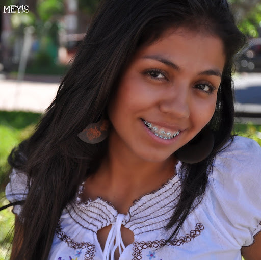 Esmeralda Lara Photo 19