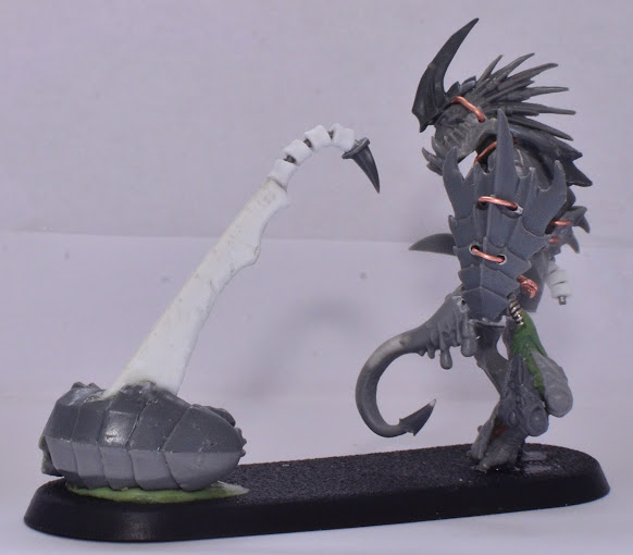 Coven of the Unmarred Kroot_Tyranid_Hunter_9502
