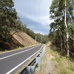 Six Foot Track beside Jenolan Caves Rd (417608)