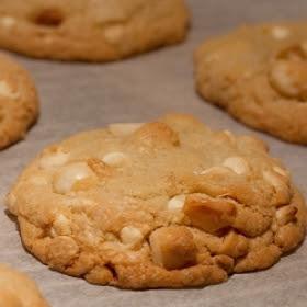 Beyaz Çikolatalı Macadamia Nut Çerezler