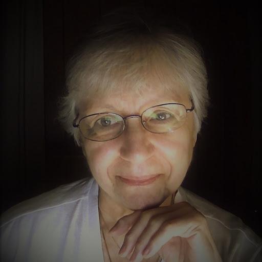 Carole Kelly