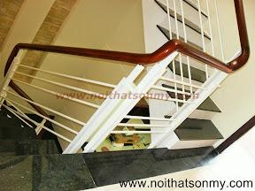 Tay vịn cầu thang gỗ 05