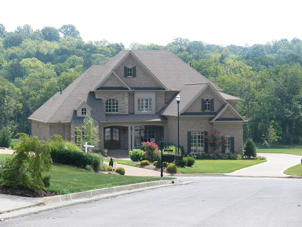 Suburban Brentwood Home