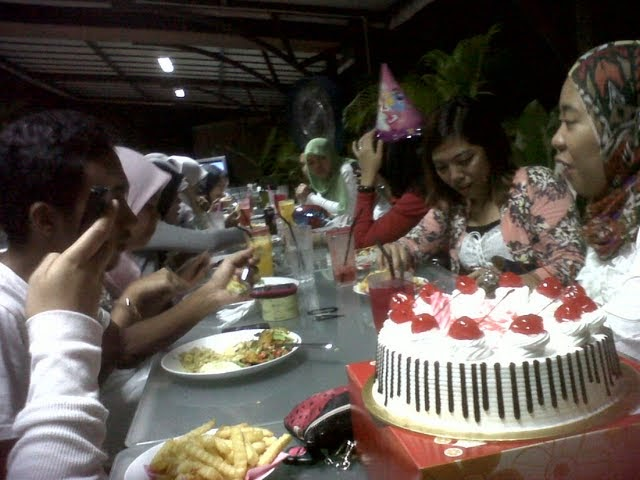 Birthday Atik @ Garden Cafe Sungai Ramal