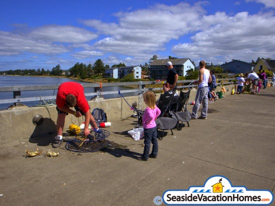 Crabbing in seaside oregon for Seaside oregon fishing