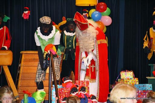 intocht sinterklaas overloon 13-11-2011 (31).JPG