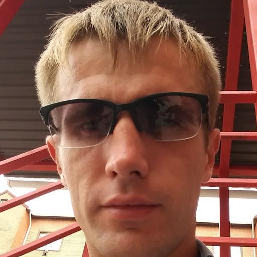 Максим Процюк