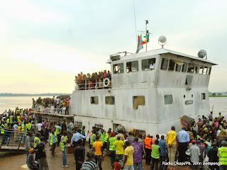 L'arrivée des ressortissants de la RDC refoulées au Congo Brazzaville le 29/04/2014 au Beach de Kinshasa. Radio Okapi/Ph. John Bompengo