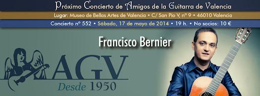 Francisco Bernier en concierto de Amigos de la Guitarra de Valencia