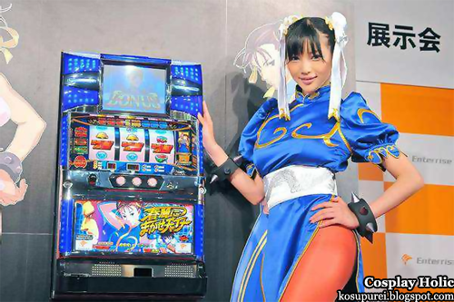 street fighter ii: the world warrior cosplay - chun li