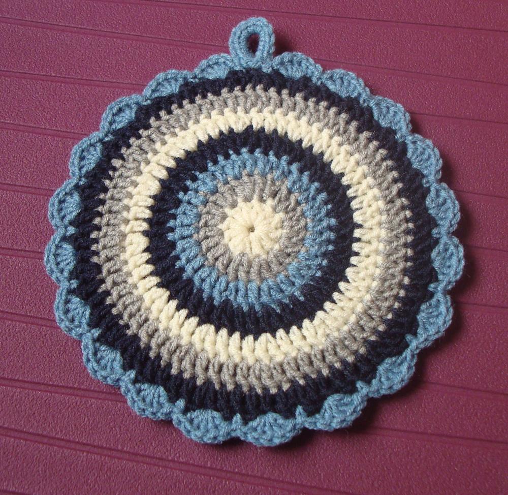 Crocheting In The Round : ... Entrelinhas: Fazer um c?rculo em crochE * Crocheting in the round
