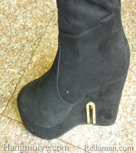 Boots đế xuồng, cao cổ quá đầu gối, chất liệu bằng da lộn, màu đen 2 - Chỉ với 680.000đ