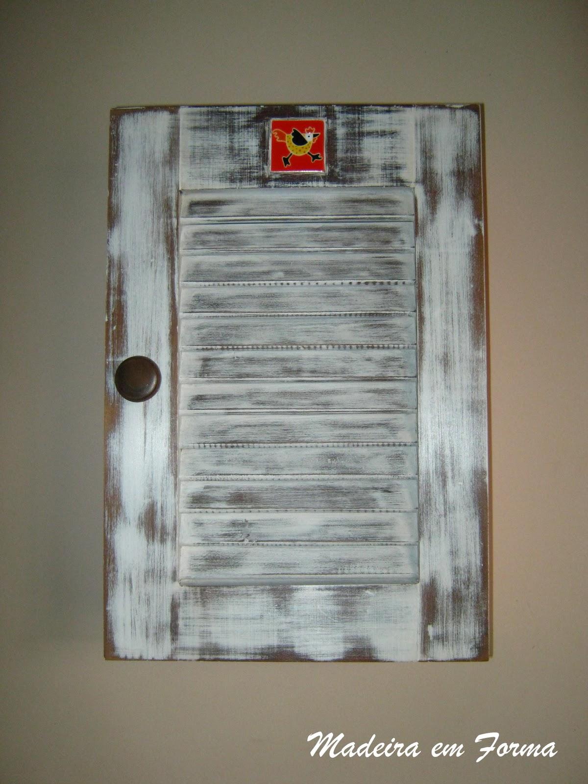 Restauração de Móveis de Época : Armário de gaveta com veneziana #684435 1200x1600
