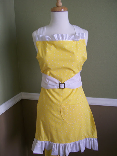 {{Kitchen Couture}} APRON GIVEAWAY!