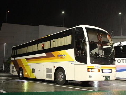 西鉄高速バス「さぬきエクスプレス福岡号」 3270 めかりパーキングエリアにて