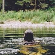К чему снится плавать в реке?